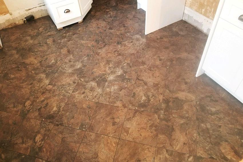 20180320-5-Josh-Plank-Tile-Kitchen-Floor-web-March-2018-d-&-s-flooring-min.jpg