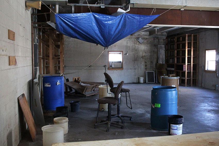 IMG_6742-ceiling-leak-web-d-&-s-flooring-min.JPG