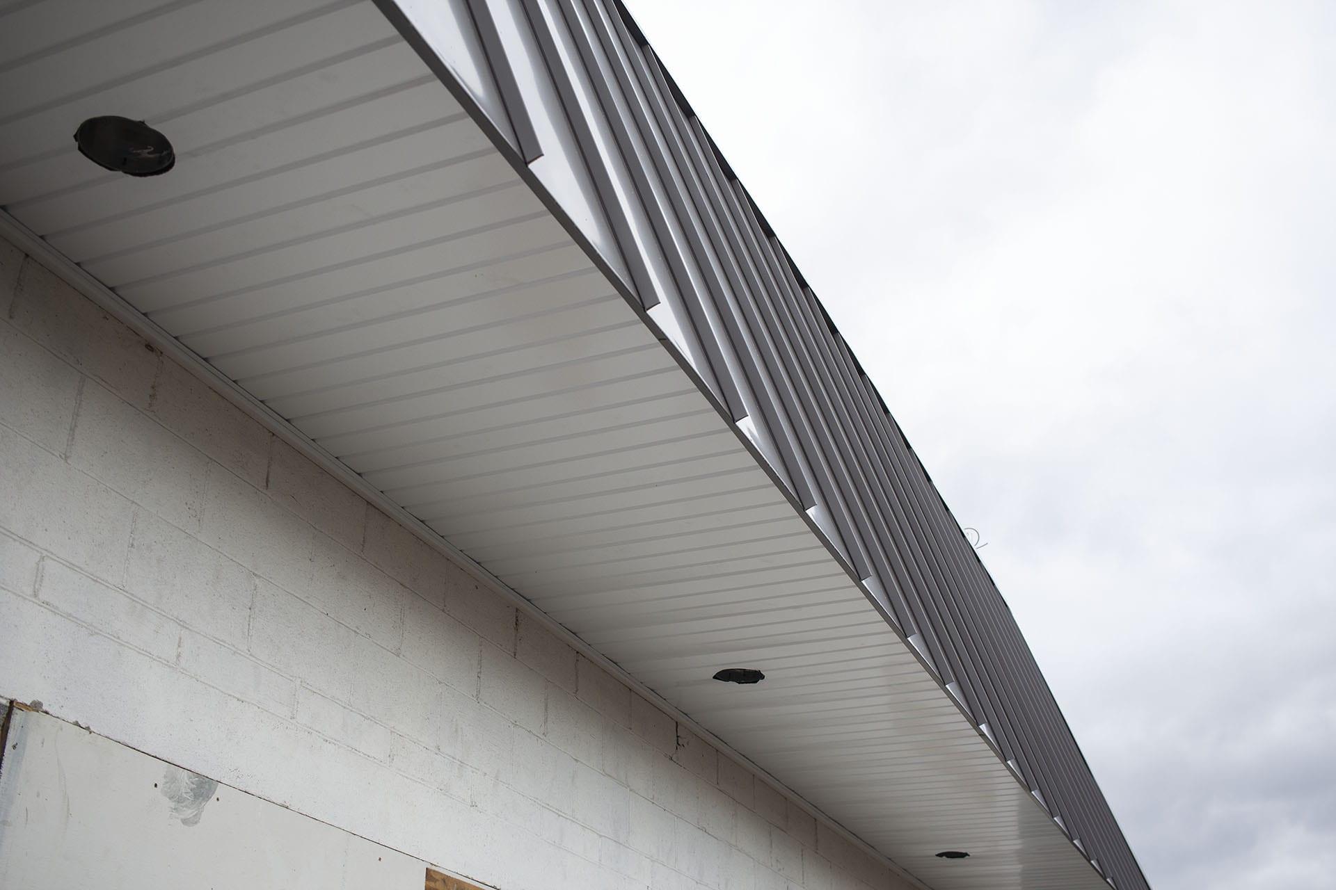 IMG_7518-roof-soffet-web-d&s-flooring-min.jpg