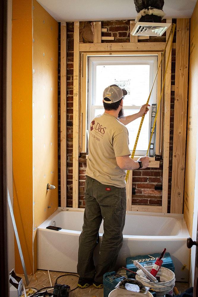 austin-ritz-bathroom-tile-install-d&s-flooring-min.jpg