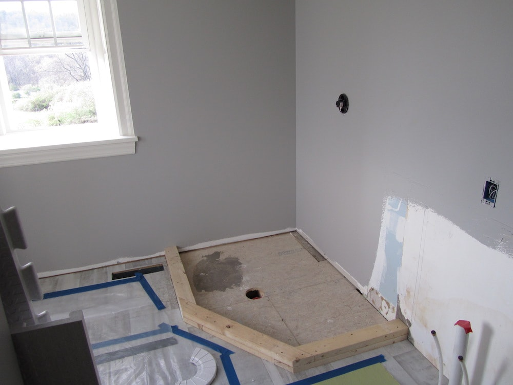 mike-marinari-IMG_0886-corner-shower-tile copy-min.jpg