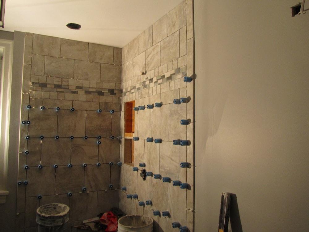 mike-marinari-IMG_0891-corner-shower-tile copy-min.jpg
