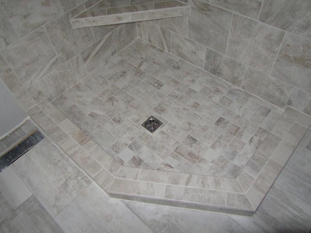 mike-marinari-IMG_0893-corner-shower-tile copy-min.jpg