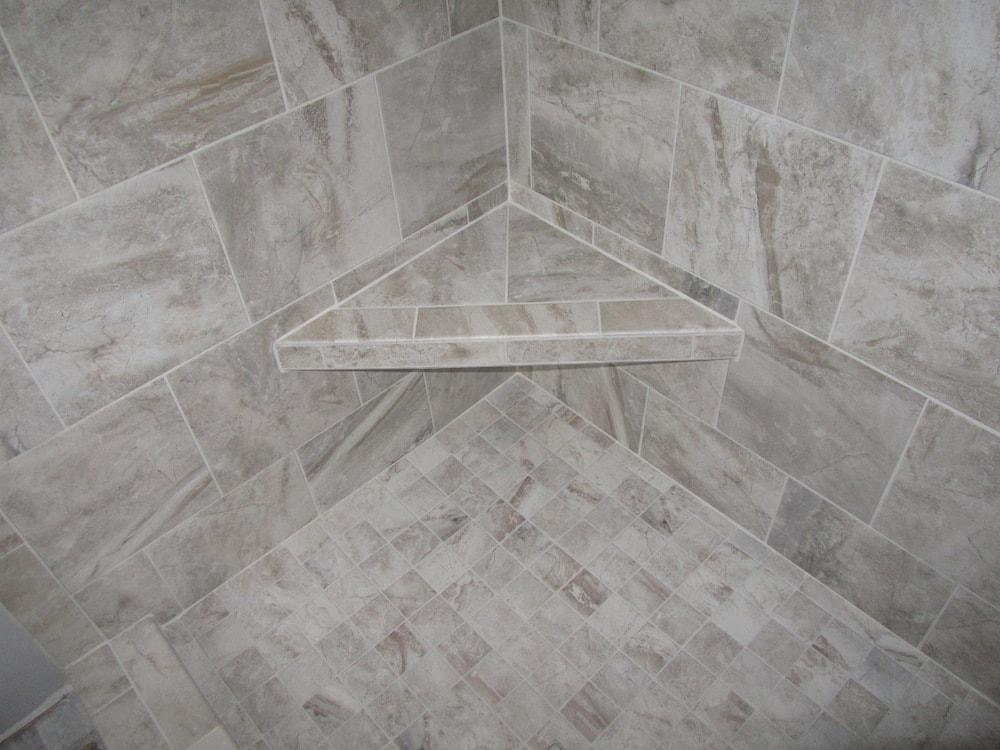 mike-marinari-IMG_0894-corner-shower-tile copy-min.jpg