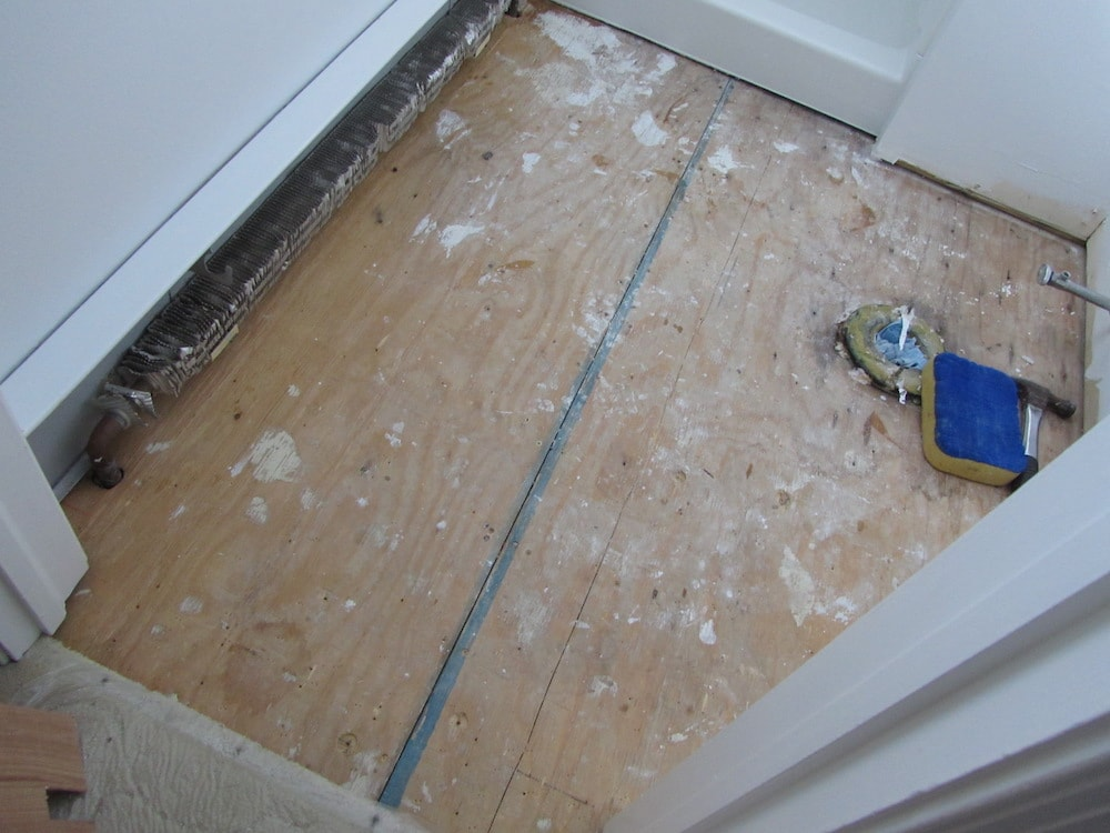 mike-marinari-bathroom-marble-tile-before-IMG_0832 copy-min.jpg