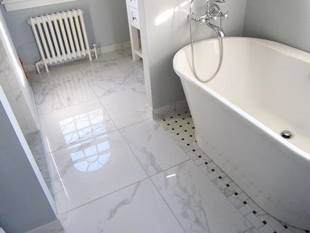 mike-marinari-IMG_0885-white-bathroom-min.jpg