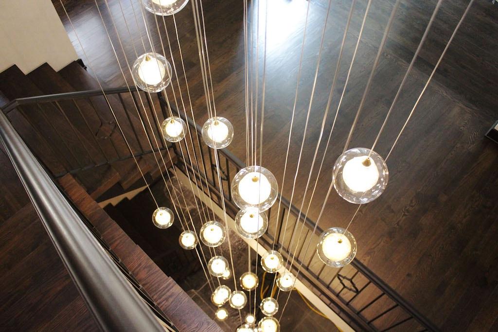 IMG_5401-hardwood-lights-dark-oak-lititz-pa-d&s-flooring-min.jpg