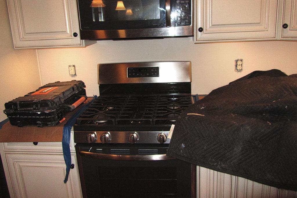 mike-marinari-1024-IMG_0904-kitchen-tile-backsplash-D&S-flooring.jpg