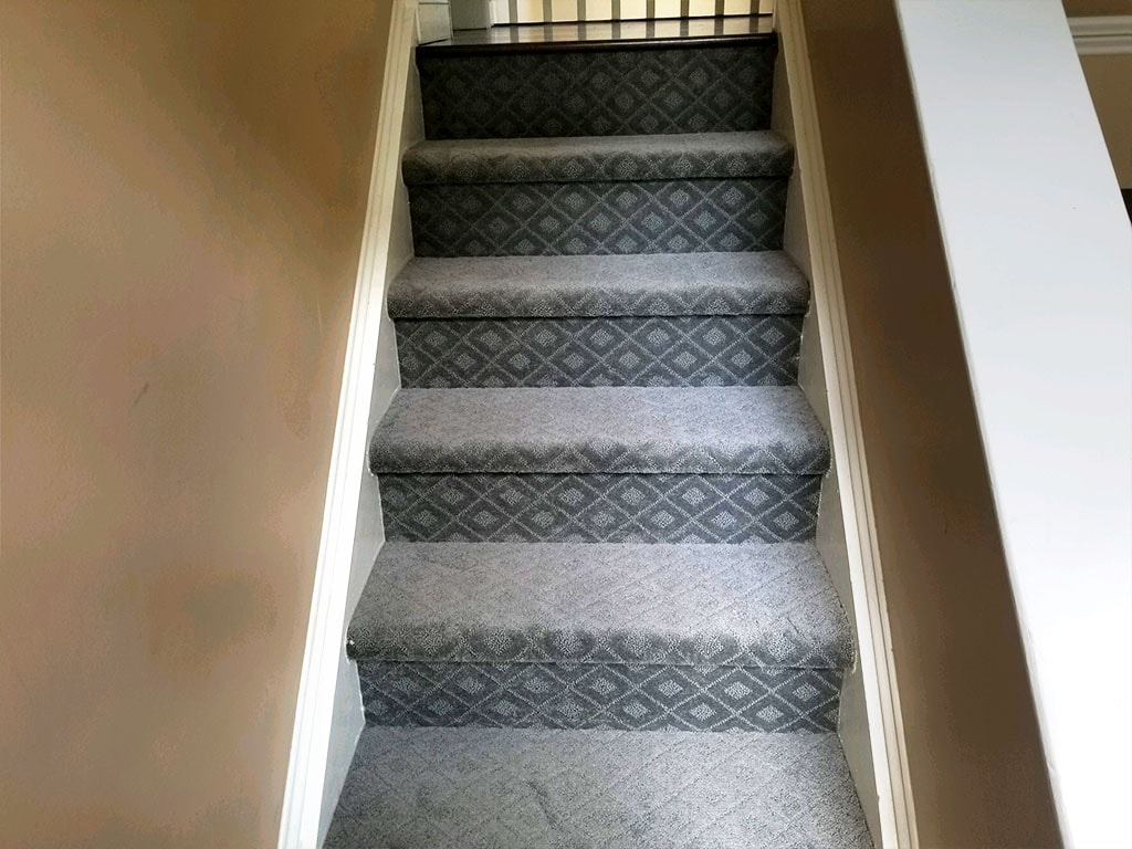 carpet-stairs-hardwood-chester-springs-july-2018-josh-plank-2-D&S-flooring-min.jpg