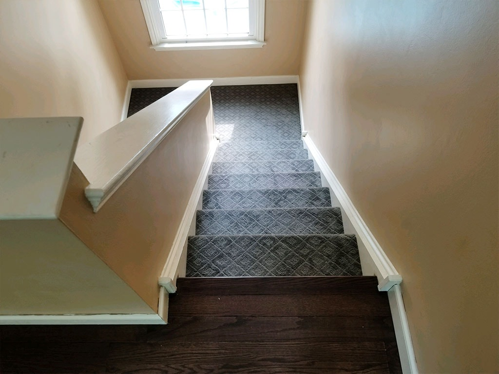 carpet-stairs-hardwood-chester-springs-july-2018-josh-plank-mike-marinari-5-small-july-2018-D&S-flooring-min.jpg