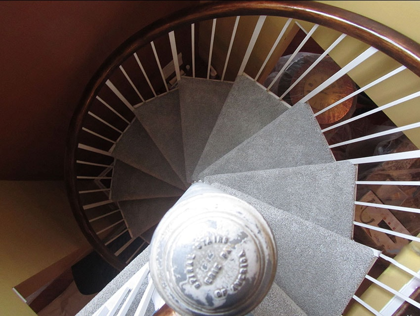 Mike-Marinari-Carpet-spiral-stairs-mailchimp-web-1-d-&-s-flooring-min.JPG