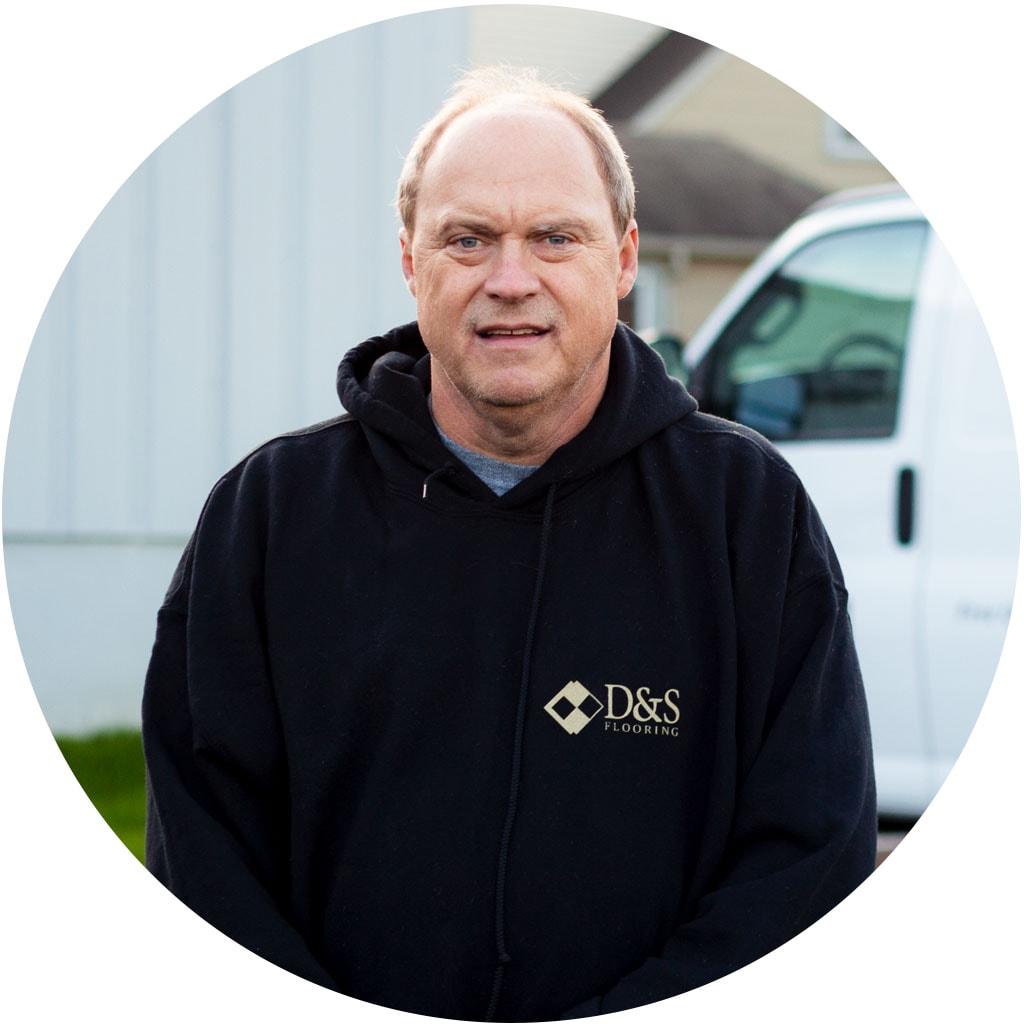 darryl-mowrer-employee-web-flooring-technician-installer-november-2018-dandsflooring-min.jpg