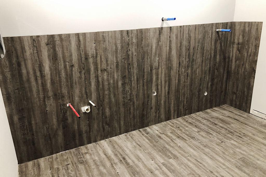 resilient-luxury-vinyl-plank-gateway-3-web-october-2018-dandsflooring.jpg