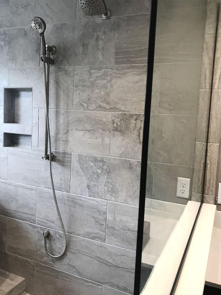 tile-bathroom-ryan-horst-7-web-november-9-2018-dandsflooring-min.jpg