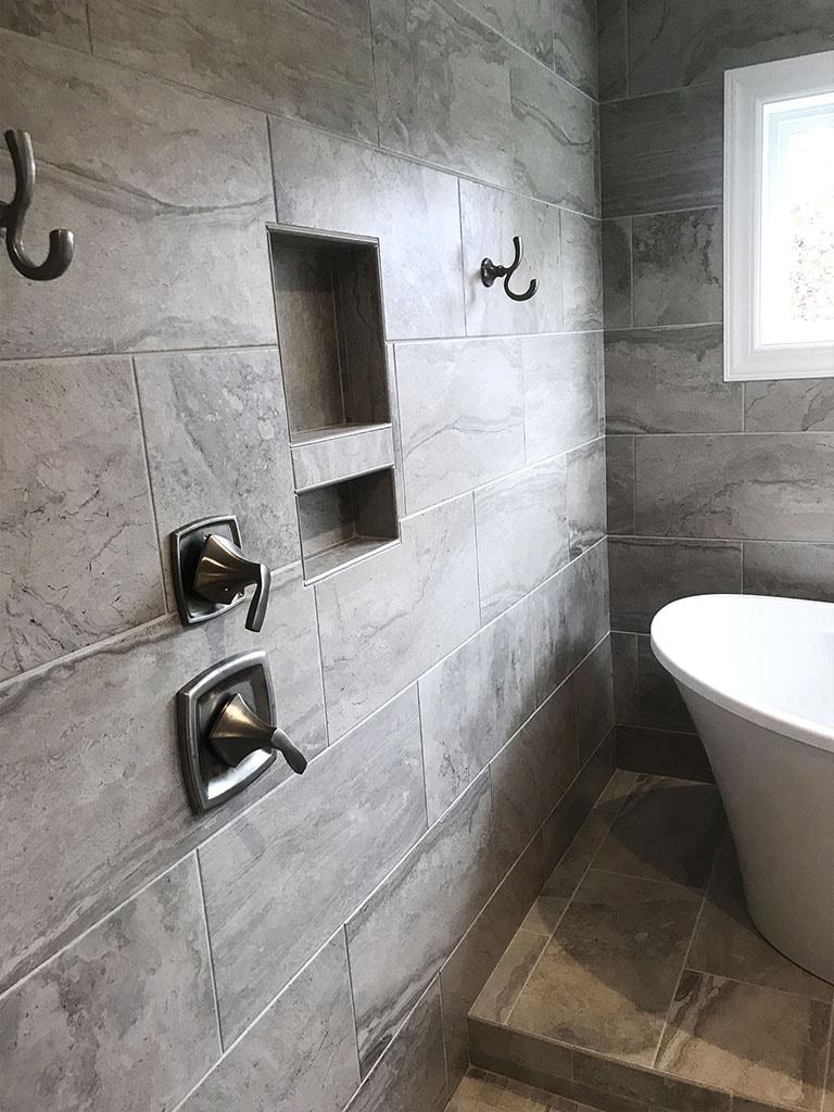 tile-bathroom-ryan-horst-8-web-november-9-2018-dandsflooring-min.jpg