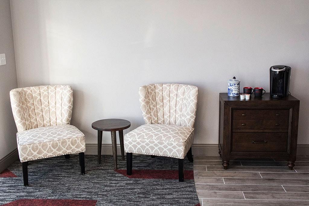 IMG_9726-showroom-foyer-chairs-coffee-dandsflooring-min.jpg