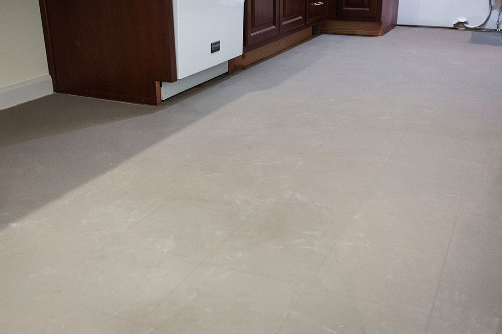IMG_0025-skim-coating-web-feather-finish-floor-preparation-new-holland-pa-february-2019-dandsflooring.jpg