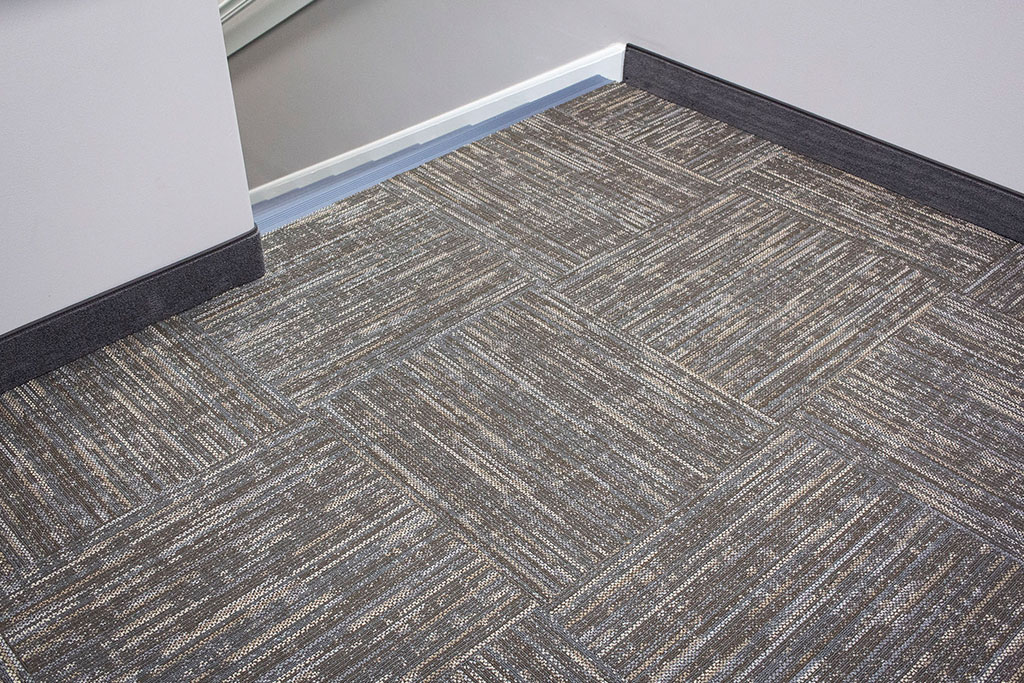IMG_8667-web-carpet-tile-new-holland-transport-september-2018-dandsflooring.jpg