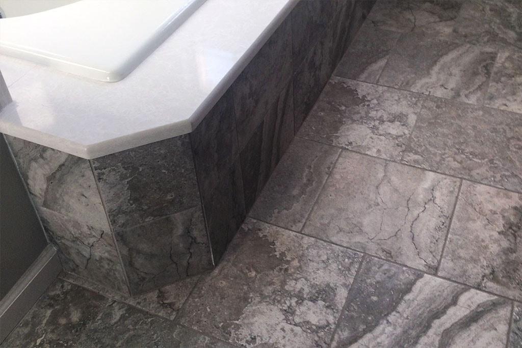 tile-tub-web-bathroom-manheim-township-december-2017-dandsflooring-min.jpg