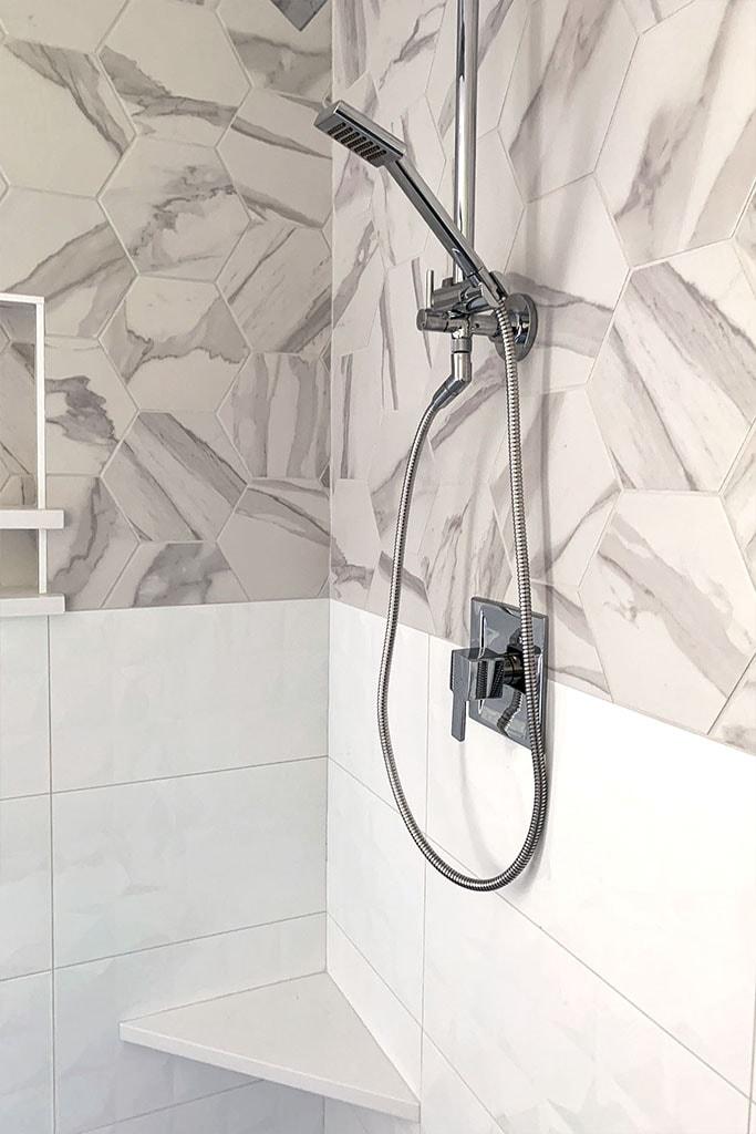 tile-shower-web-marble-3-jason-snyder-april-2019-dandsflooring-min.jpg