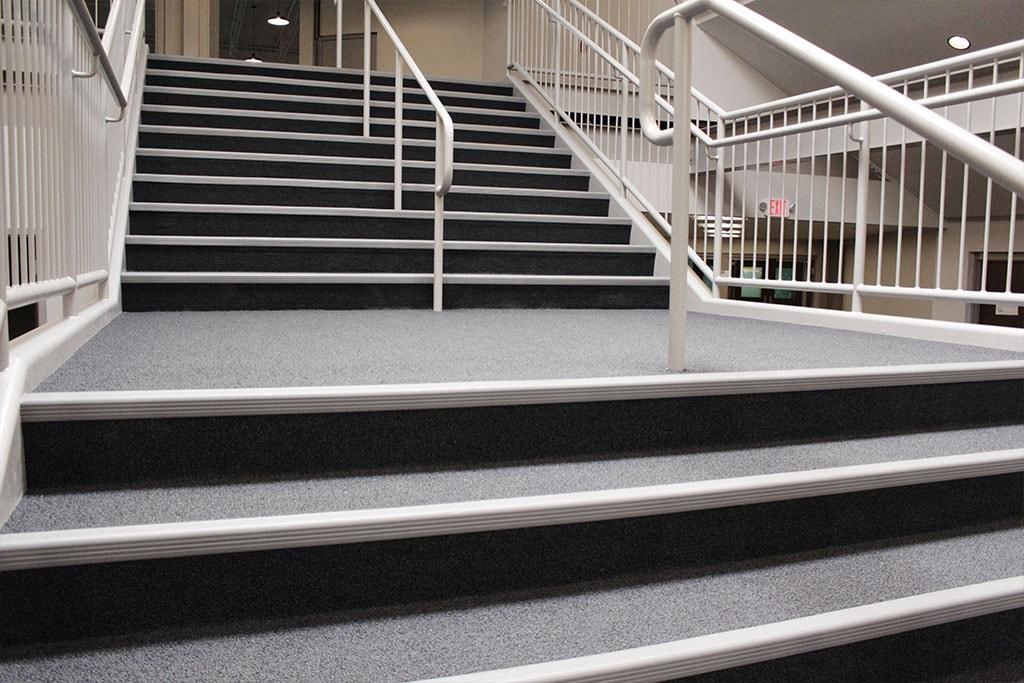 IMG_1733-web-carpet-shaw-broadloom-stairs-foyer-ephrata-community-church-july-2019-dandsflooring-min.jpg