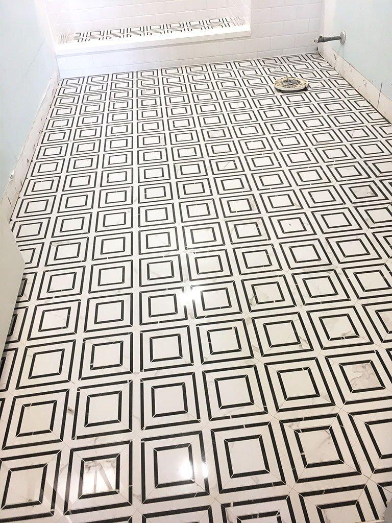 43-tile-web-shower-floor-bench-white-patterns-choice-west-chester-am-july-2019-dandsflooring-min.jpg