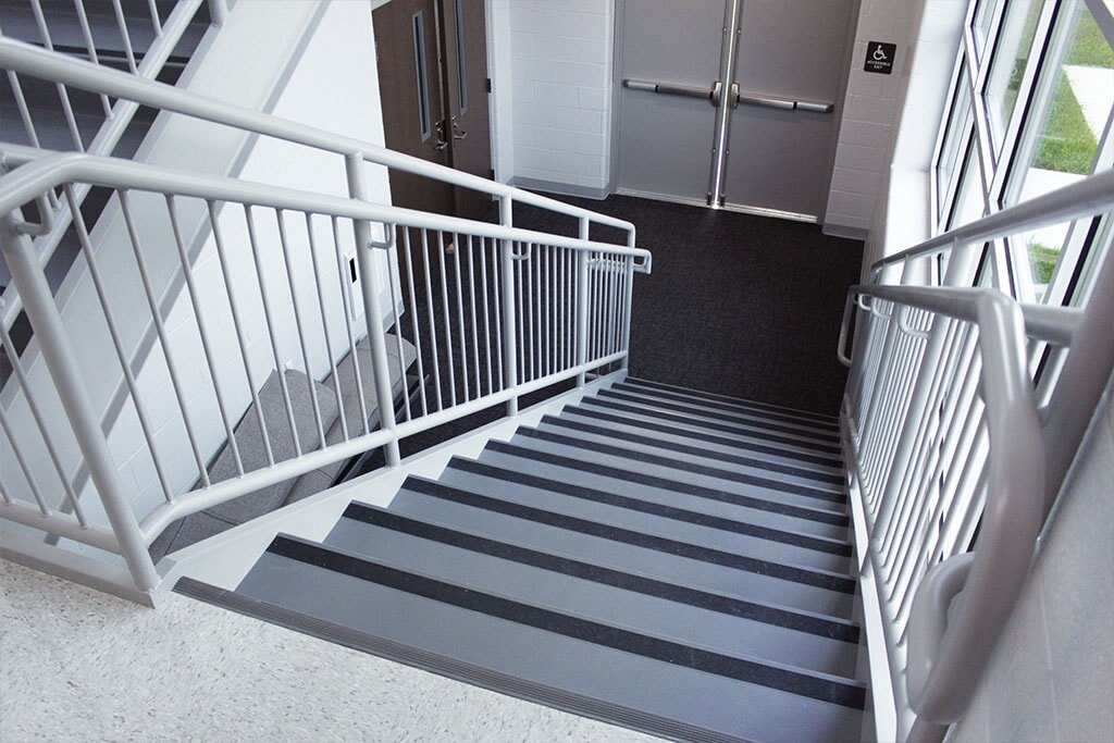 IMG_1797-web-vinyl-stairway-stair-treads-vct-ephrata-community-church-july-2019-dandsflooring-min.jpg