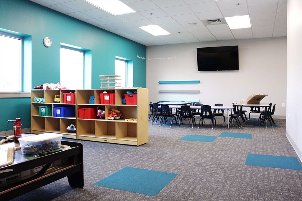 IMG_1786-web-carpet-tile-blue-classroom-6-ephrata-community-church-july-2019-dandsflooring-min.jpg