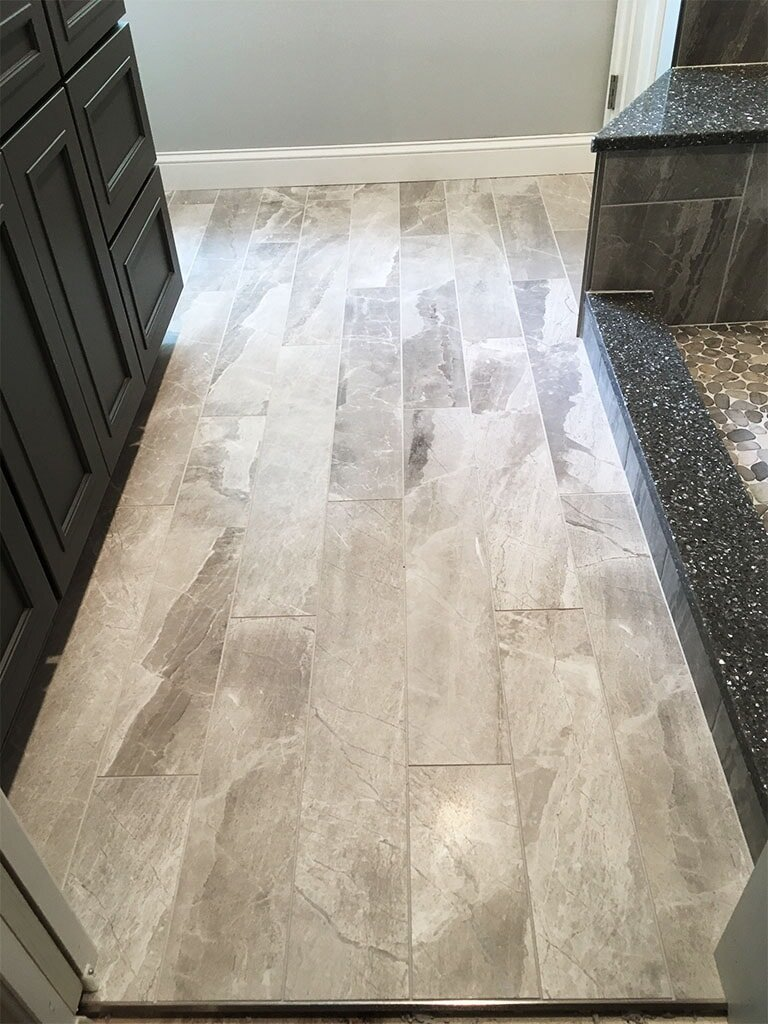 IMG_1372-tile-floor-plank-web-bathroom-am-september-2019-dandsflooring-min.JPG