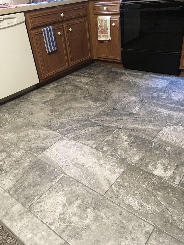 IMG_1381-felizzi-tile-web-kitchen-gray-plank-lancaster-september-2019-am-dandsflooring-min.JPG
