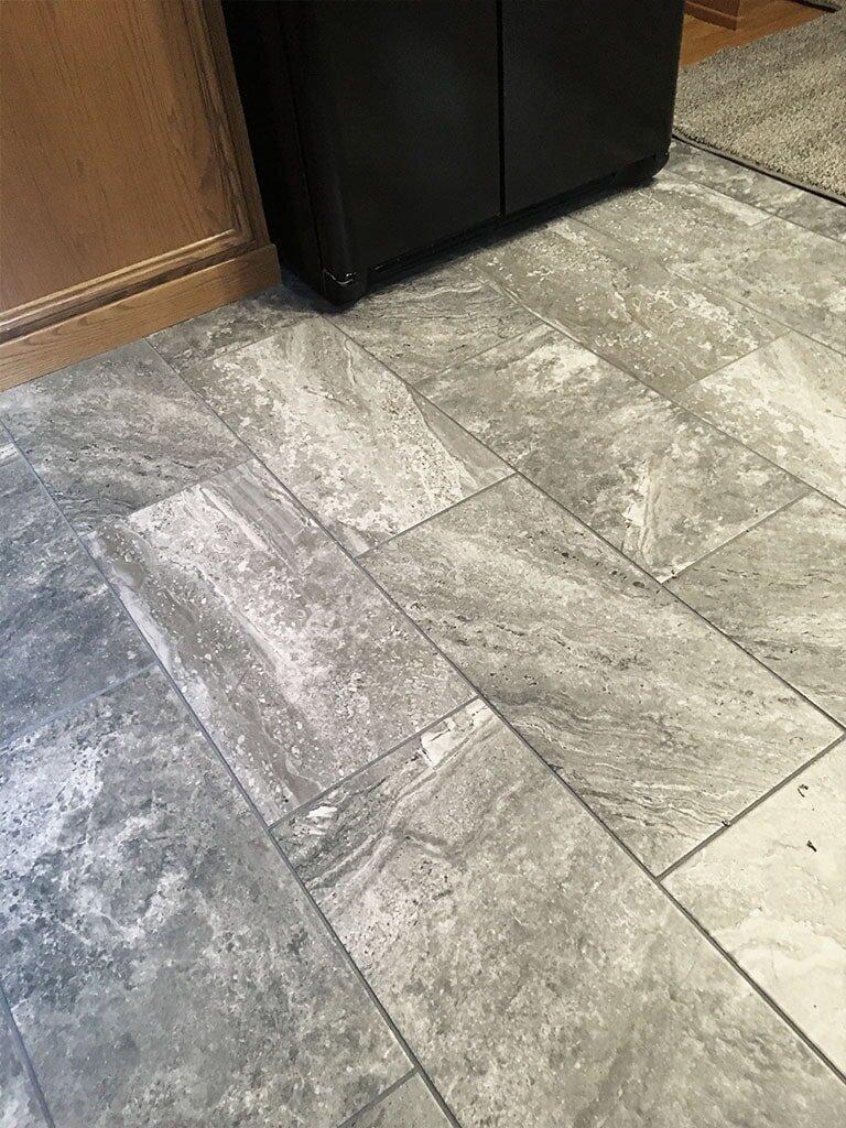 IMG_1384-felizzi-tile-web-kitchen-gray-plank-lancaster-september-2019-am-dandsflooring-min.JPG
