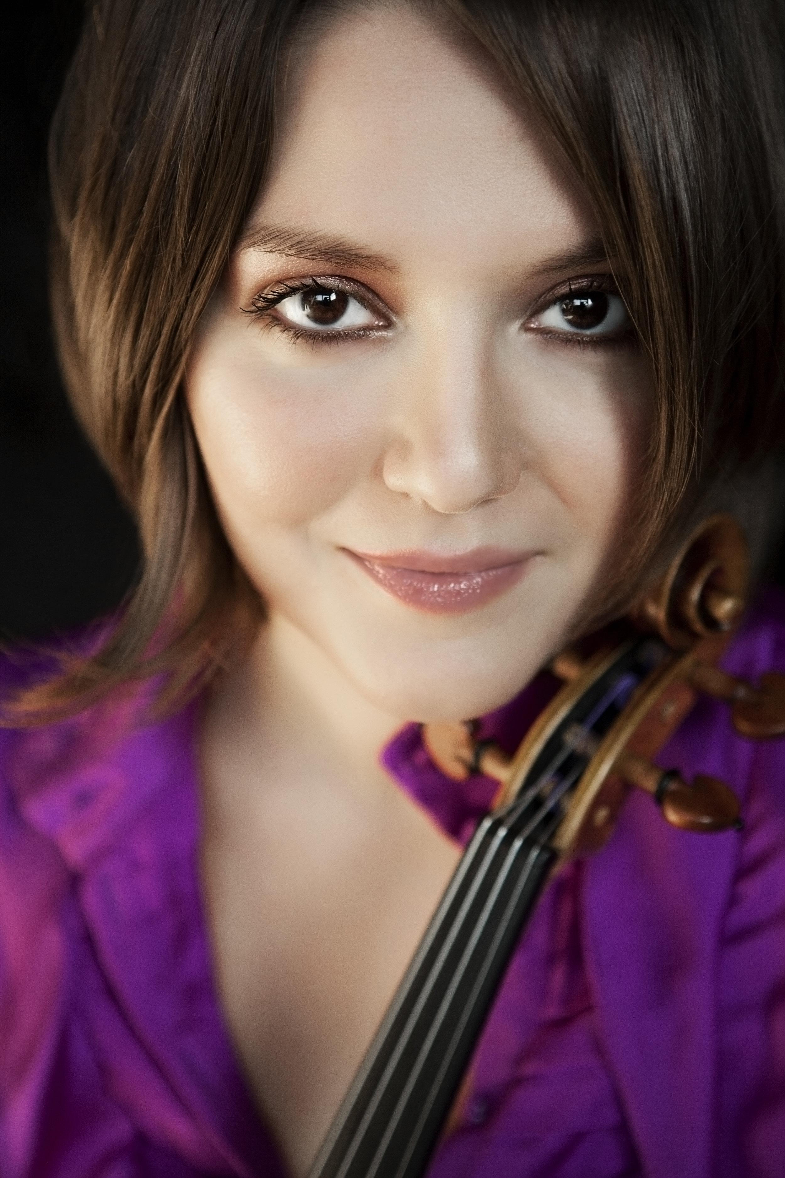 Areta Zhulla | Violin