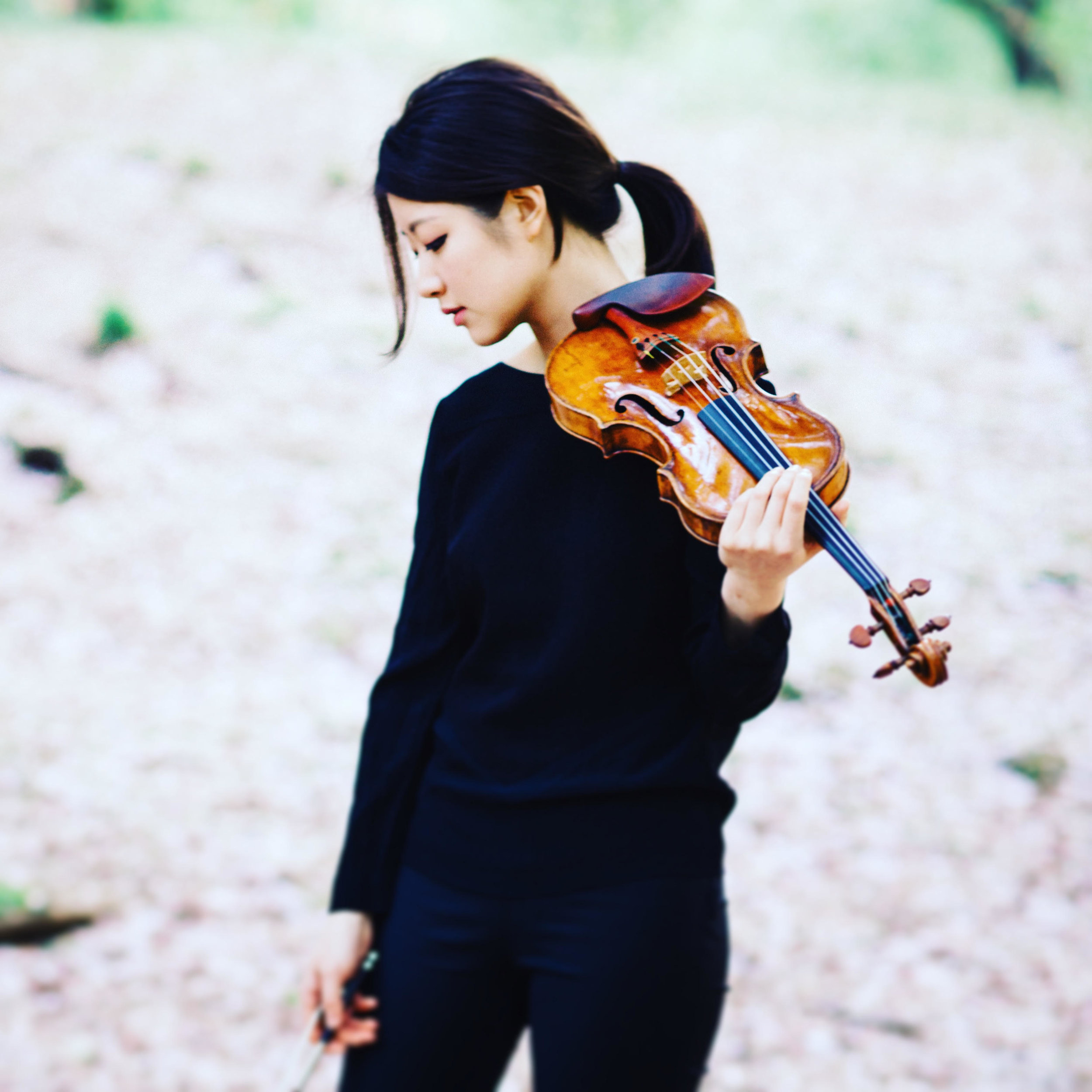 Christel Lee | Violin