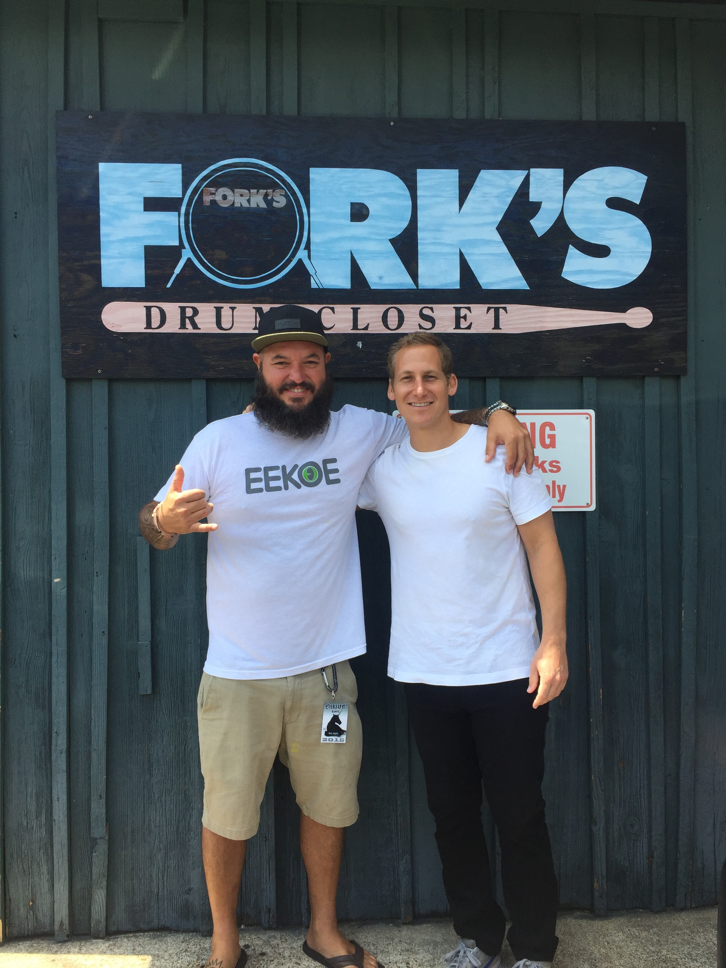 Yesod and Chris at Fork's Drum Closet in Nashville in 2015.