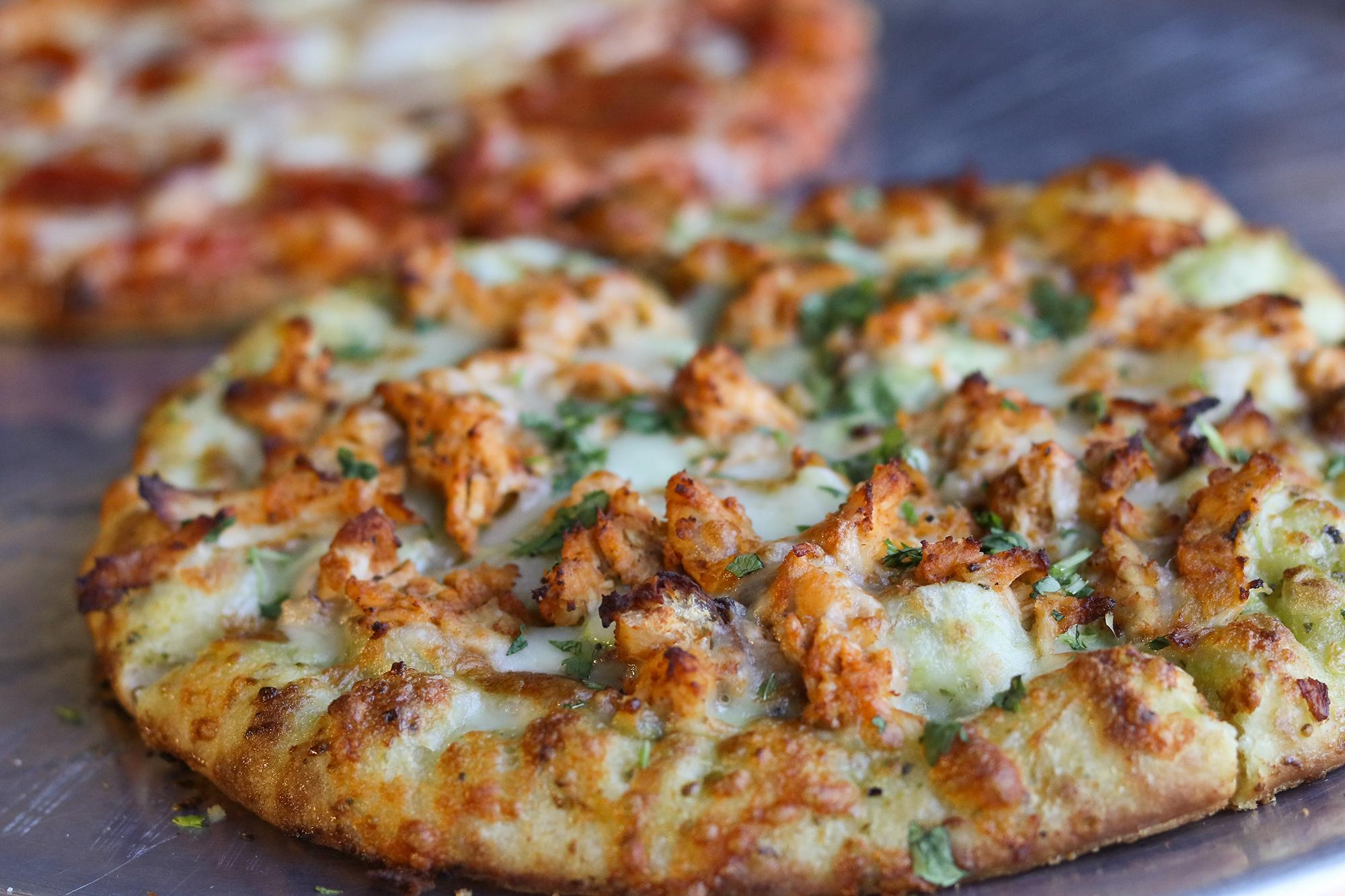 7 inch chicken pizza.jpg