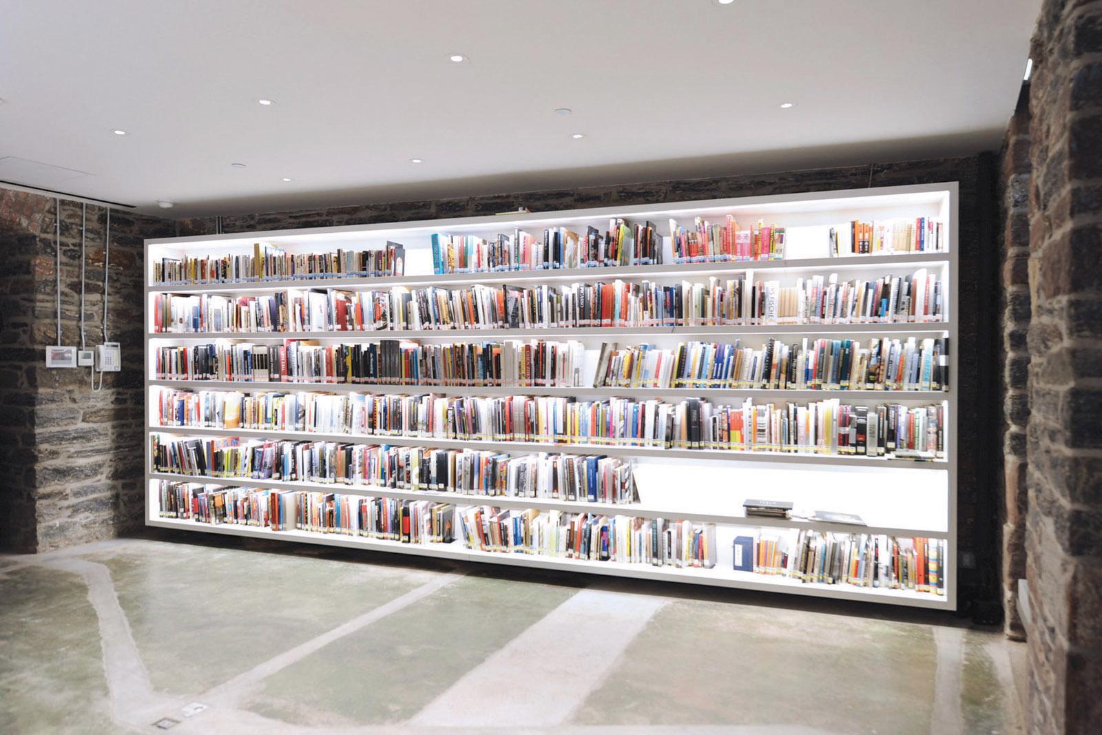07-Cai Guo Qiang Studio-library.jpg