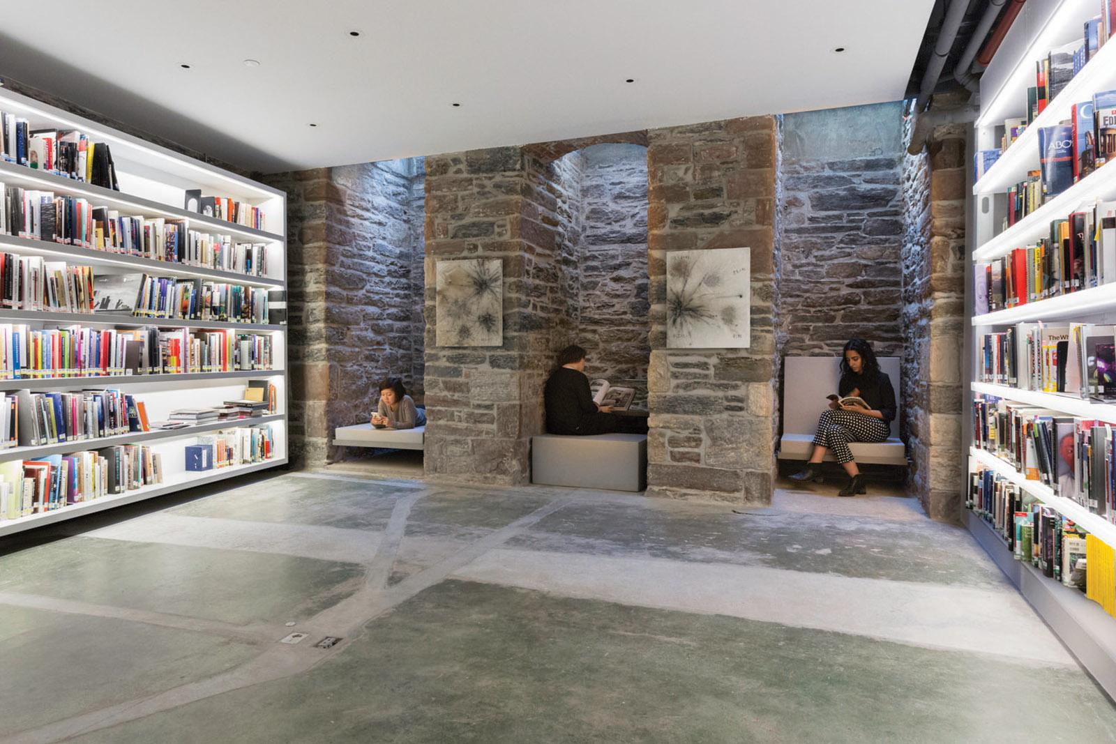 08-Cai Guo Qiang Studio-library.jpg