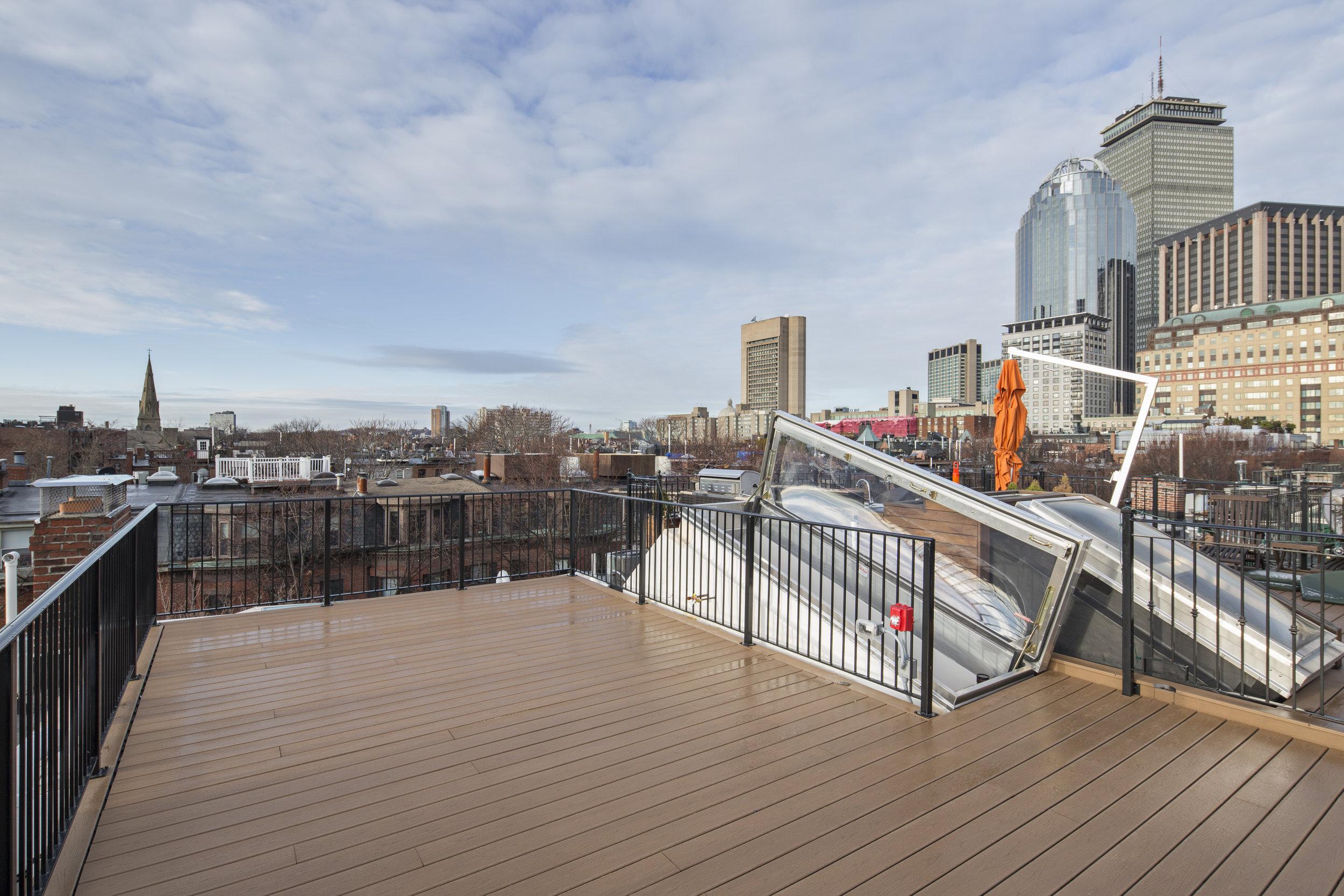 Roof Deck Prudential.jpg