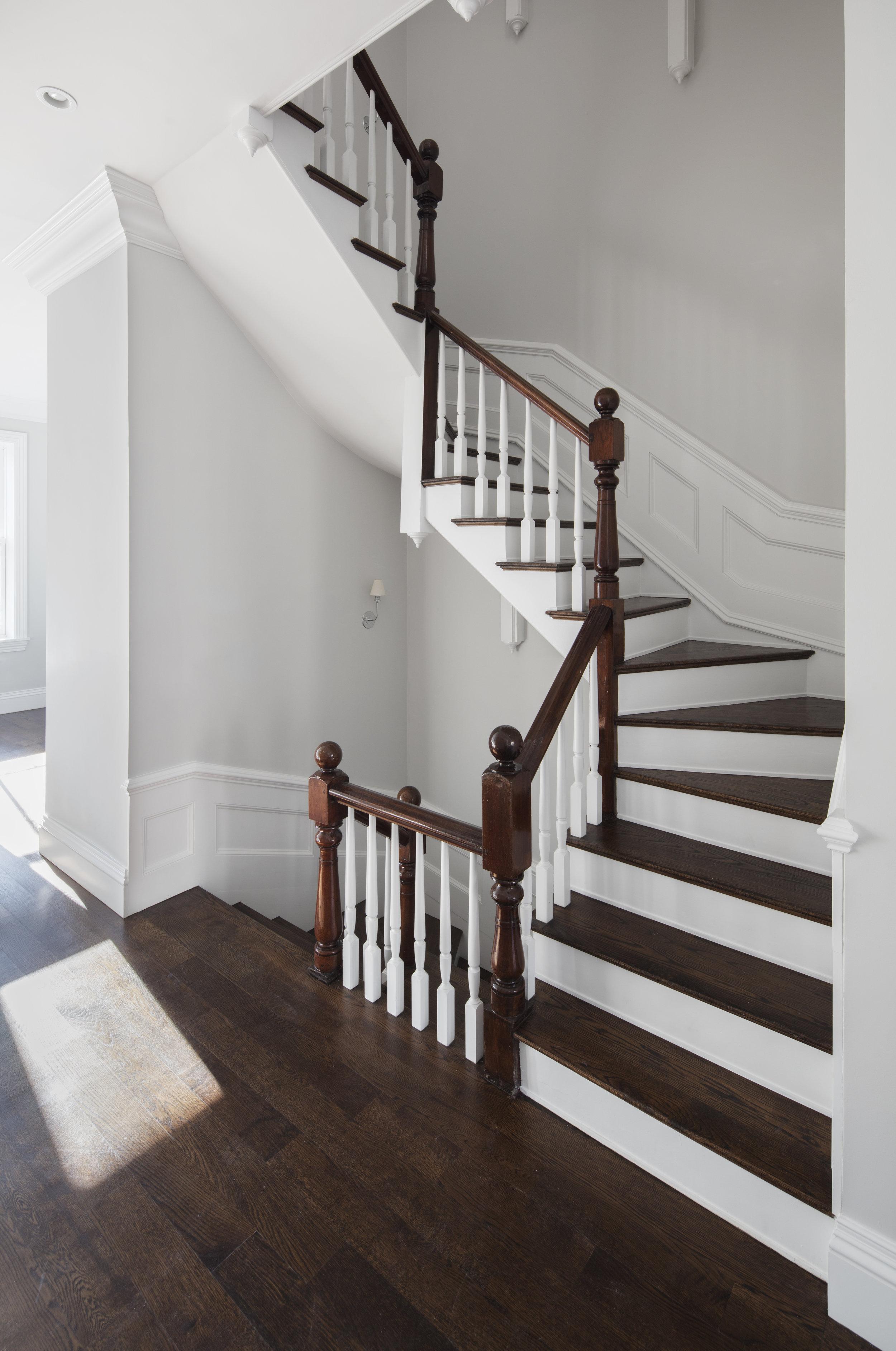 Upper Stair 1.jpg