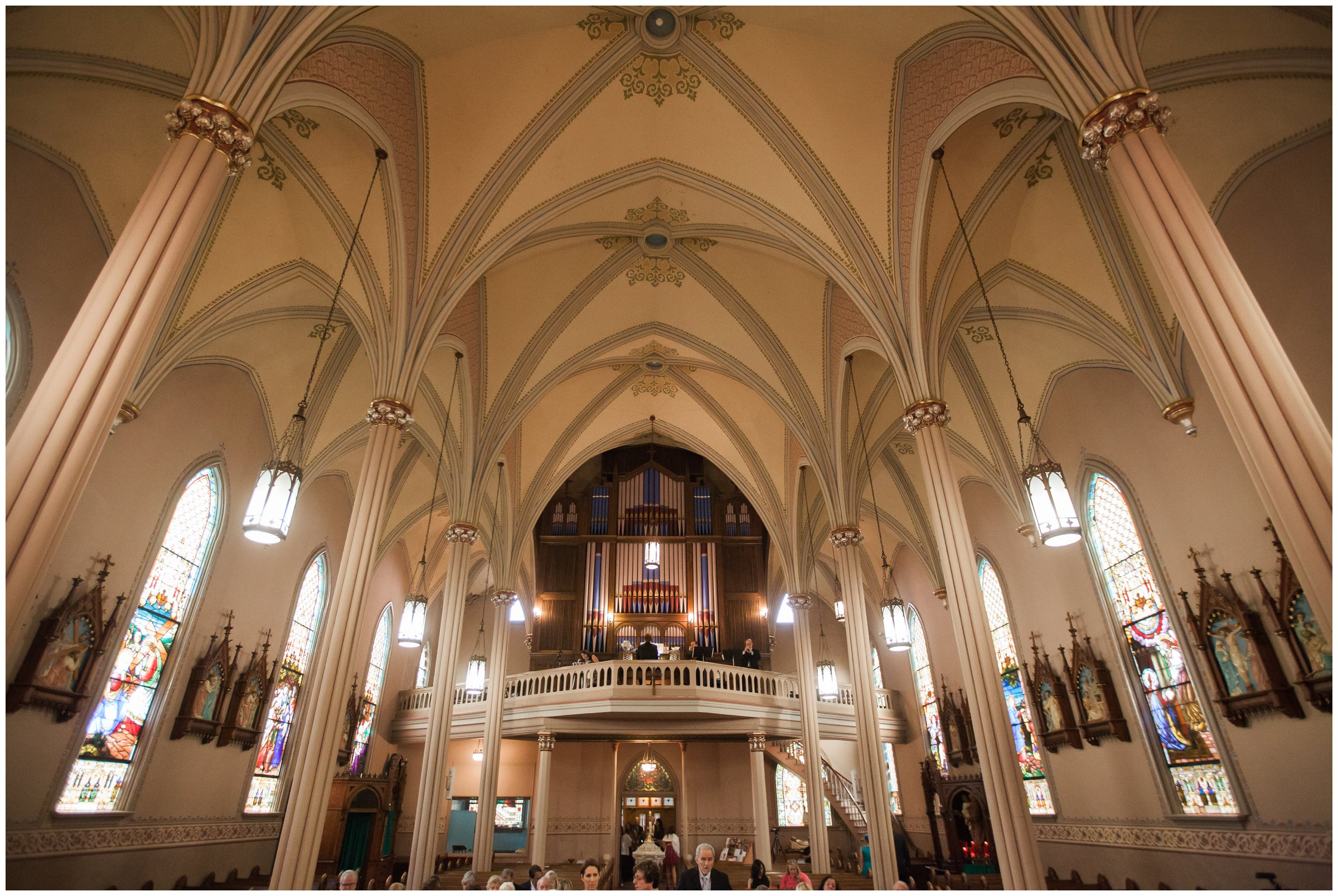 St-Mary-Catholic-Church-Memphis-Wedding-Taylor-Square-Photography_0022.jpg