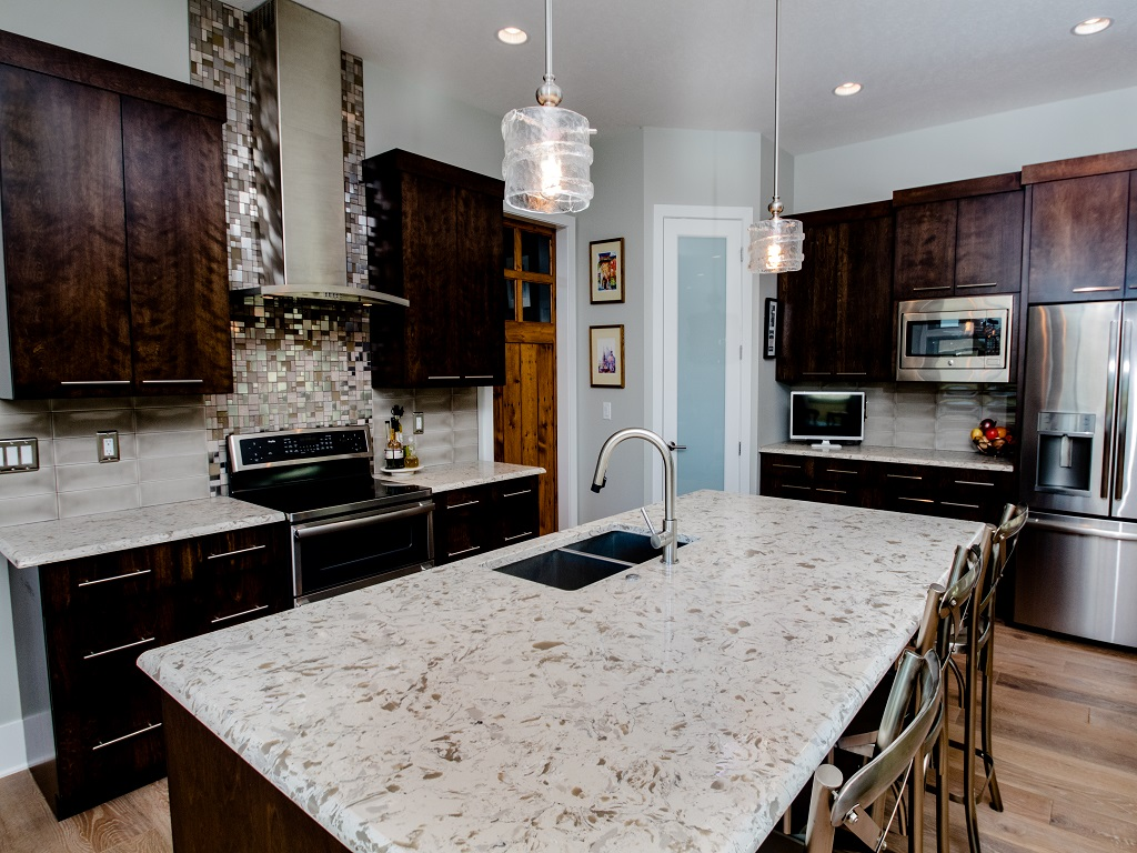 605 E Pinehurst - Redwood - Kitchen 2.jpg