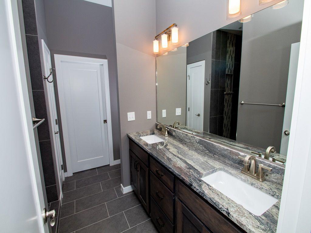 607 Bluestem - Alder - Bathroom 1.jpg
