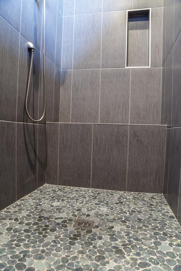 Custom - Mater Bathroom 3.jpg