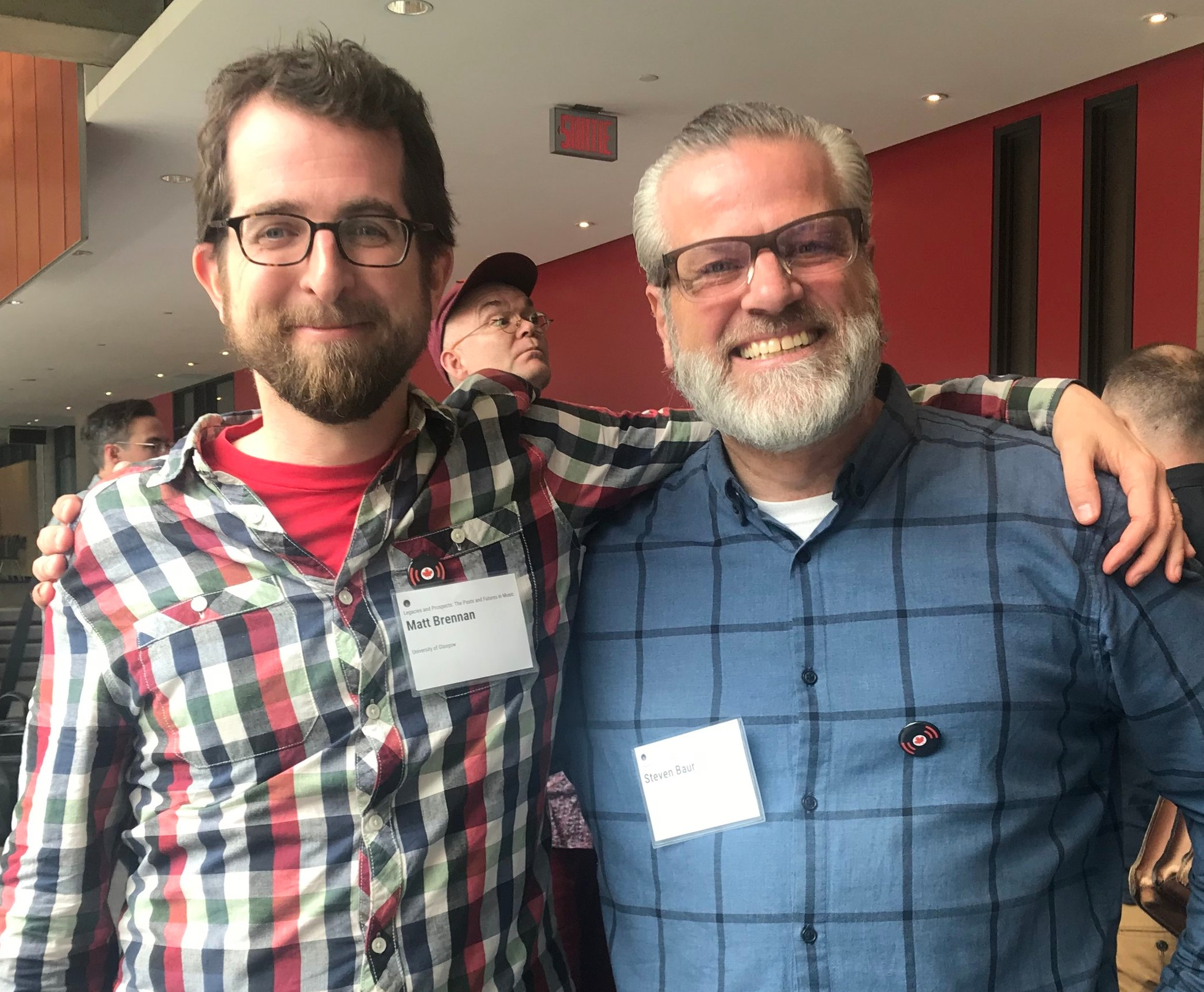 Matt Brennan (left) with Prize Committee Chair Steven Baur (right) at the IASPM Canada 2019 Conference.