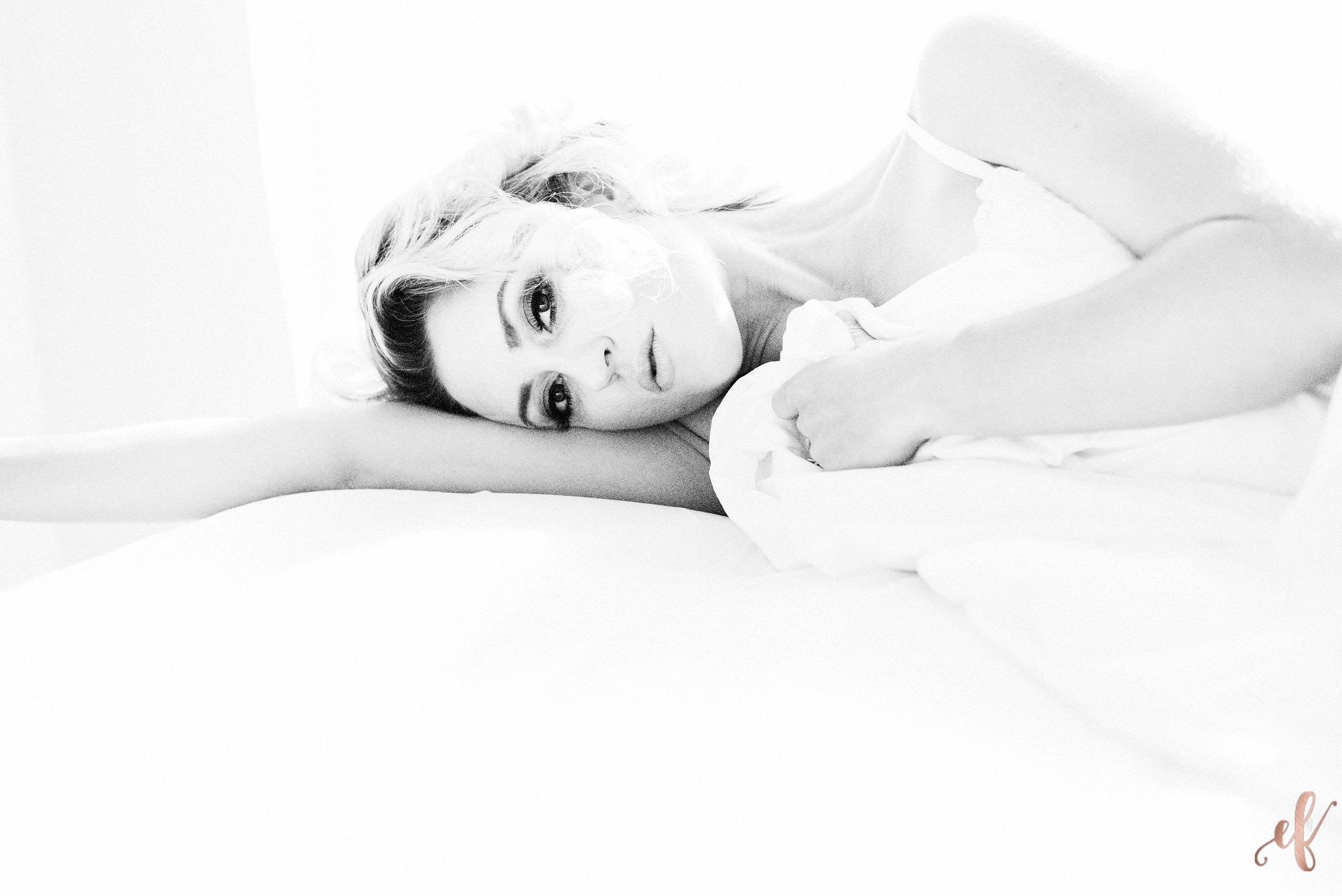 San Diego Boudoir Photography | White Sheets | Flawless Boudoir