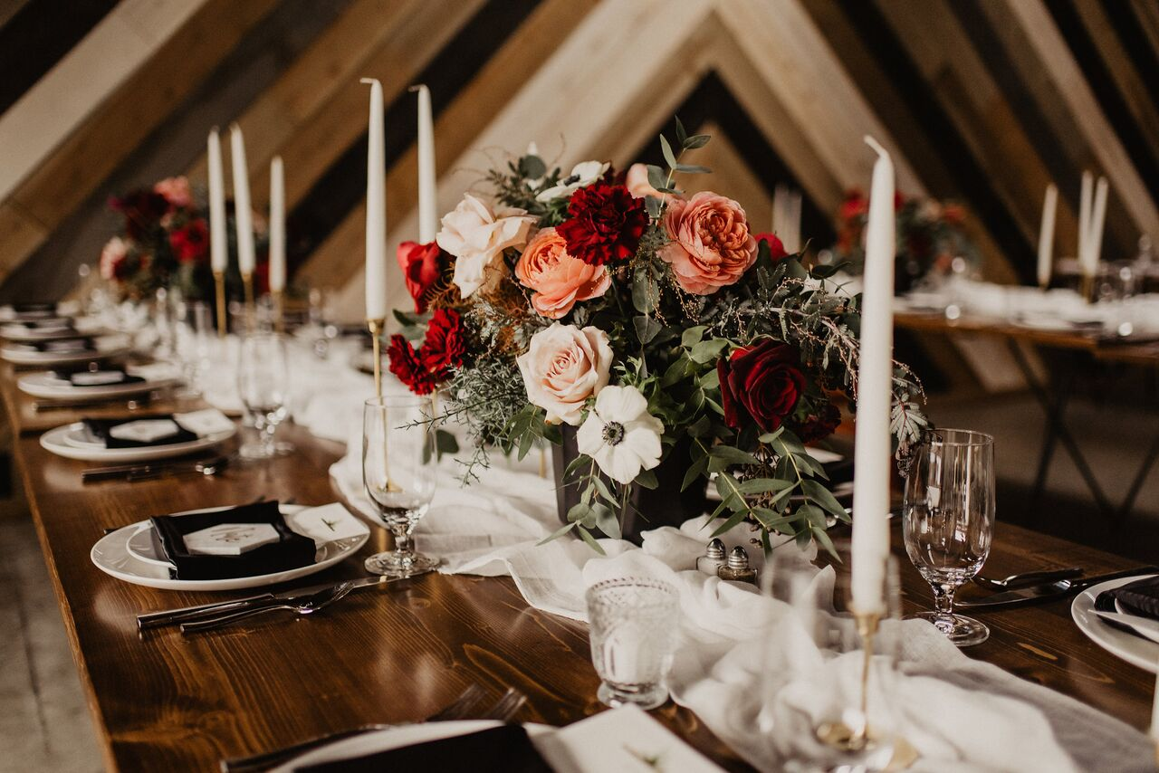 deep red and moody centerpiece