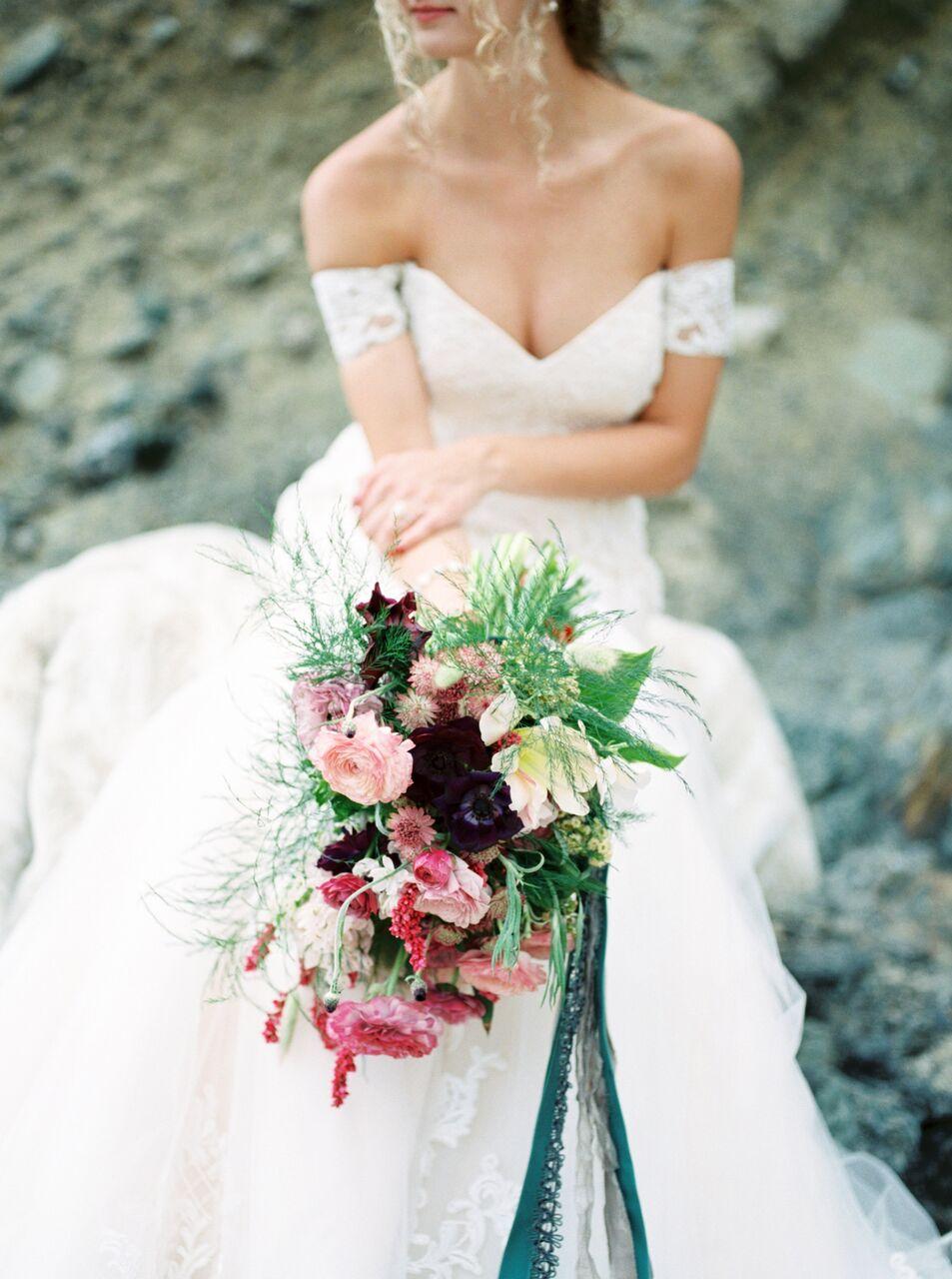 moody bridal bouquet
