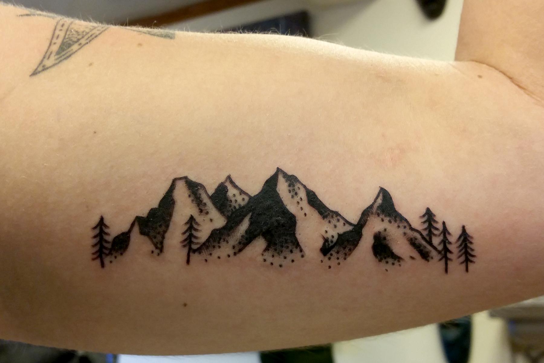 Mountains_tress1.jpg