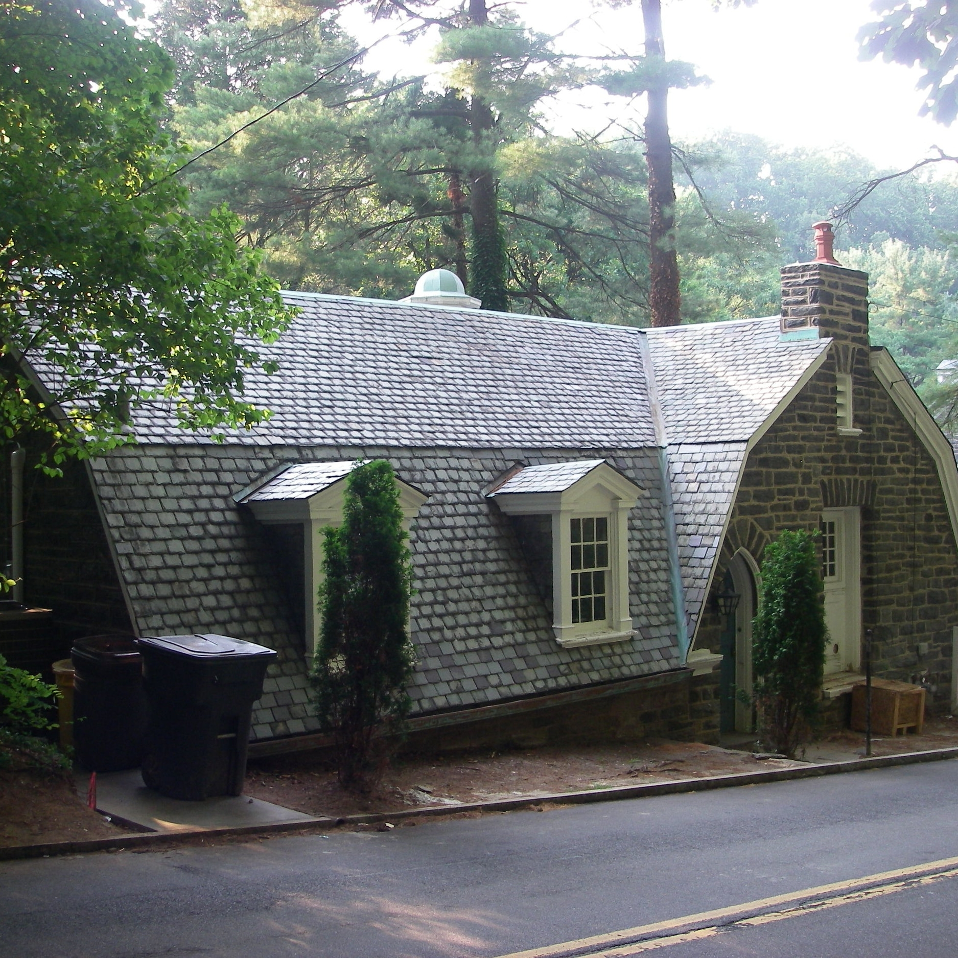 Rehabilitated the slate roof and masonry on this Colonial-era residence, within the Mill Creek Historic District, in Ardmore.