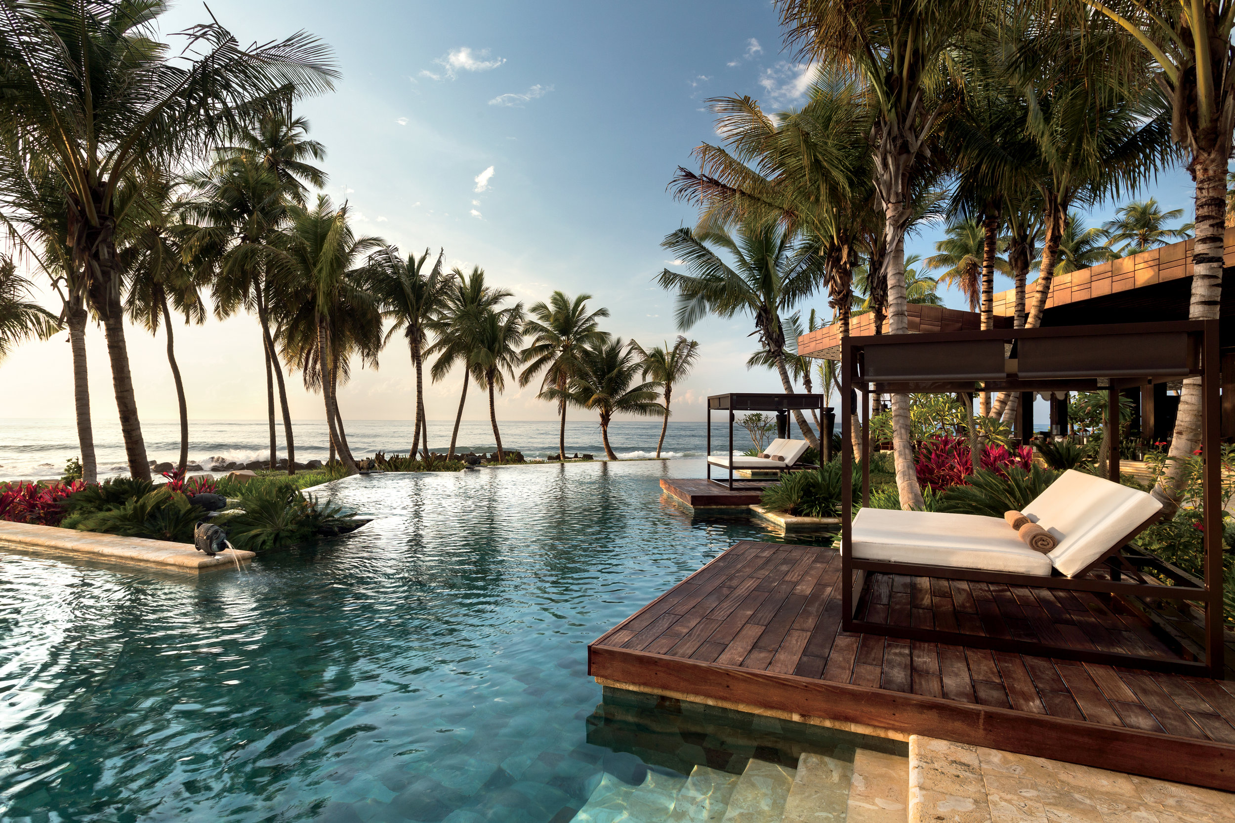 The Luxury hotel experience - Complimentary Upgrades And benefits For VIP's Worldwide